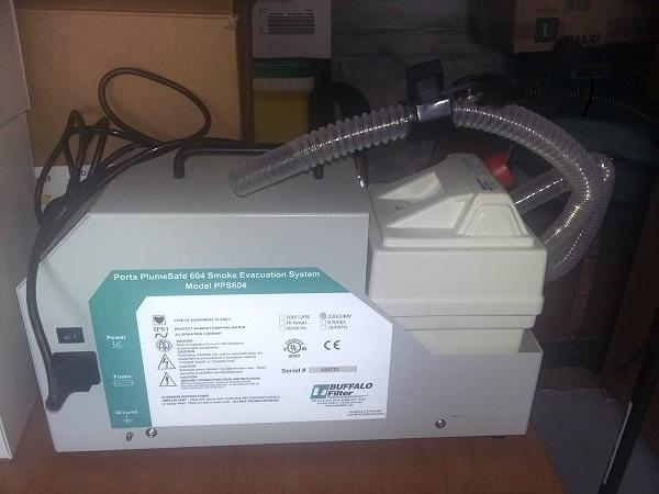 porta-plume-safe-604-aspiratore-fumi-chirurgia
