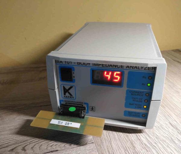 Impedenziometro AKER BIA 101 - valutazione della massa corporea